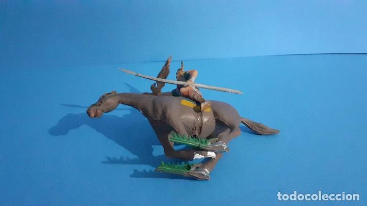 Figuras de Goma y PVC: Lote de 4 figuras Vikingos. Estereoplast. Gundar , Olaff , goodfrei y Ragnad completos - Foto 14 - 236053015