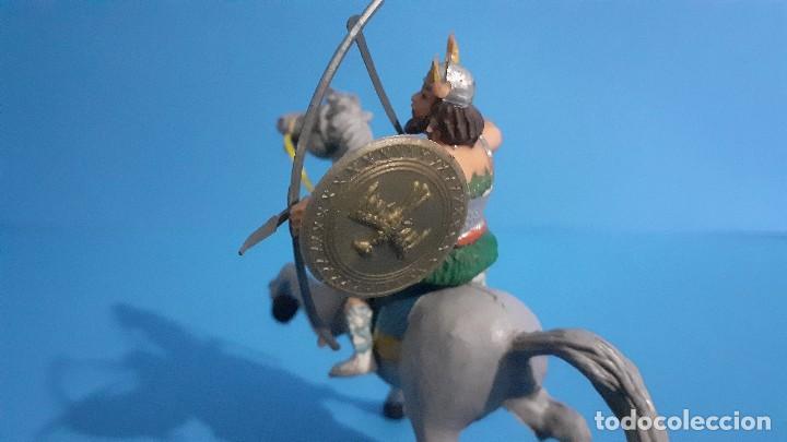 Figuras de Goma y PVC: Lote de 4 figuras Vikingos. Estereoplast. Gundar , Olaff , goodfrei y Ragnad completos - Foto 24 - 236053015