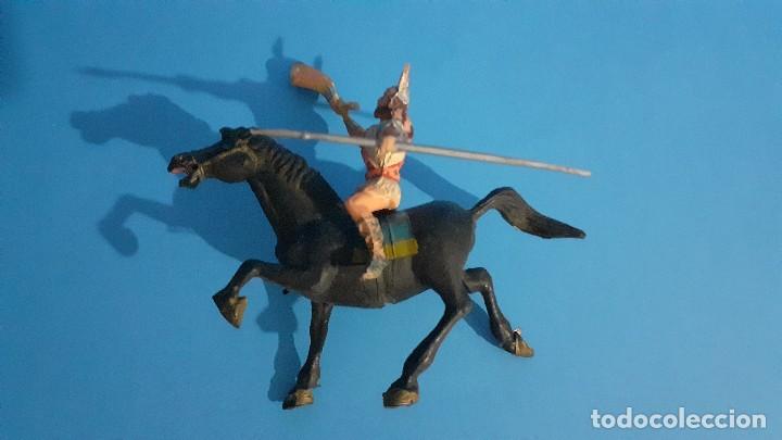 Figuras de Goma y PVC: Lote de 4 figuras Vikingos. Estereoplast. Gundar , Olaff , goodfrei y Ragnad completos - Foto 33 - 236053015