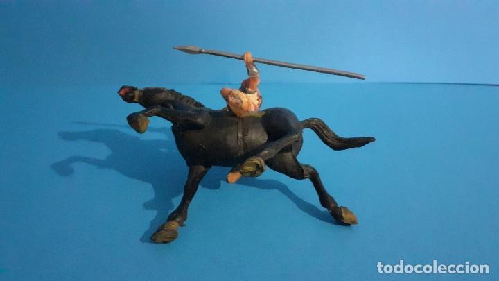 Figuras de Goma y PVC: Lote de 4 figuras Vikingos. Estereoplast. Gundar , Olaff , goodfrei y Ragnad completos - Foto 34 - 236053015