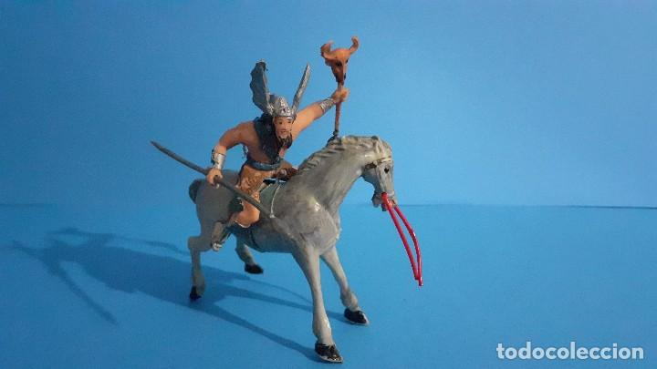 Figuras de Goma y PVC: Lote de 4 figuras Vikingos. Estereoplast. Gundar , Olaff , goodfrei y Ragnad completos - Foto 35 - 236053015