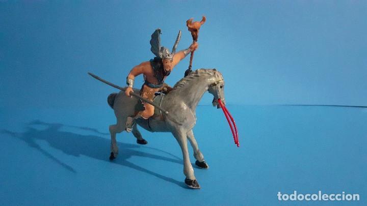Figuras de Goma y PVC: Lote de 4 figuras Vikingos. Estereoplast. Gundar , Olaff , goodfrei y Ragnad completos - Foto 36 - 236053015