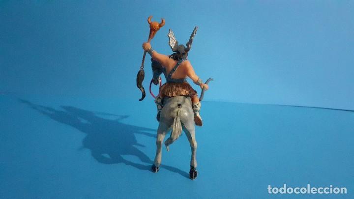 Figuras de Goma y PVC: Lote de 4 figuras Vikingos. Estereoplast. Gundar , Olaff , goodfrei y Ragnad completos - Foto 39 - 236053015