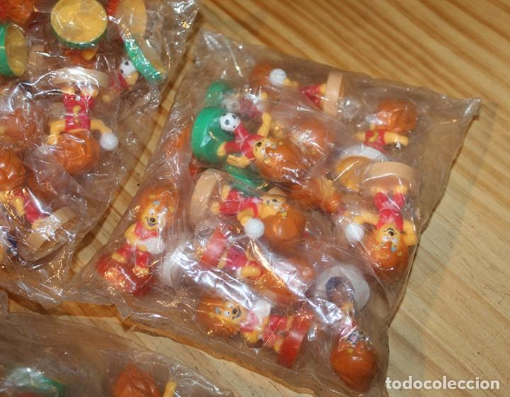 Figuras de Goma y PVC: LOTE DE 3 BOLSAS LLENAS DE FIGURAS PROMOCIONALES - LEON, MASCOTA, DEPORTES, TENIS, FUTBOL - Foto 2 - 236068850