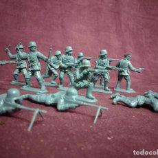 Figurines en Caoutchouc et PVC: LOTE DE 15 FIGURAS DE PVC, SOLDADOS EUROPEOS, FABRICANTE A IDENTIFICAR. Lote 236077850