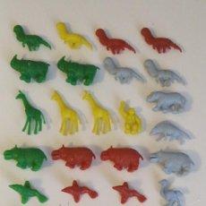 Figuras de Goma y PVC: DUNKIN LOTE DE 28 ANIMALES VARIOS COLORES. Lote 236135640
