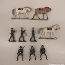Figuras de Goma y PVC: LOTE ANTIGUAS FIGURAS STARLUX - EJERCITO SUIZO - MILITAR DESFILE CABALLO.... Lote 236243530