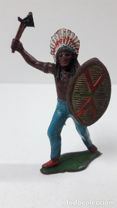 JEFE INDIO ATACANDO . REALIZADO POR TEIXIDO . ORIGINAL AÑOS 60 (Juguetes - Figuras de Goma y Pvc - Teixido)