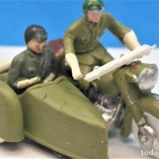 Figuras de Goma y PVC: ANTIGUAS FIGURAS EN PLÁSTICO. MOTO CON SIDECAR DE TORRES MALTA. SERIE 45 MM. LEER DESCRIPCIÓN. Lote 236647510