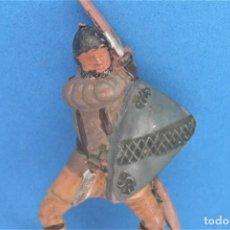 Figurines en Caoutchouc et PVC: ANTIGUA FIGURA EN GOMA DE REAMSA. SERIE CABALLEROS DEL REY ARTURO Y RICARDO CORAZÓN DE LEÓN.. Lote 236742620