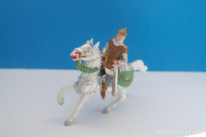 Figuras de Goma y PVC: Antigua Figura en Plástico de Reamsa. Serie Caballeros del Rey Arturo y Ricardo Corazón de León. - Foto 2 - 236921005