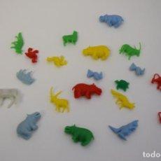 Figuras de Goma y PVC: ANIMALES - FAUNA - TAMAÑO DUNKIN. Lote 236960540