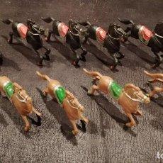 Figuras de Goma y PVC: LOTE CABALLOS - LAFREDO. Lote 251243695