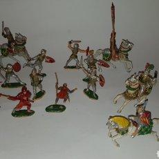 Figuras de Goma y PVC: CONJUNTO DE GUERREROS MEDIEVALES REAMSA CRUZADOS O EL CID. Lote 237928710