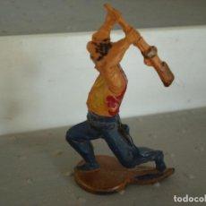 Figuras de Goma y PVC: FIGURA DE UN INDIO DE GAMA. Lote 238076190