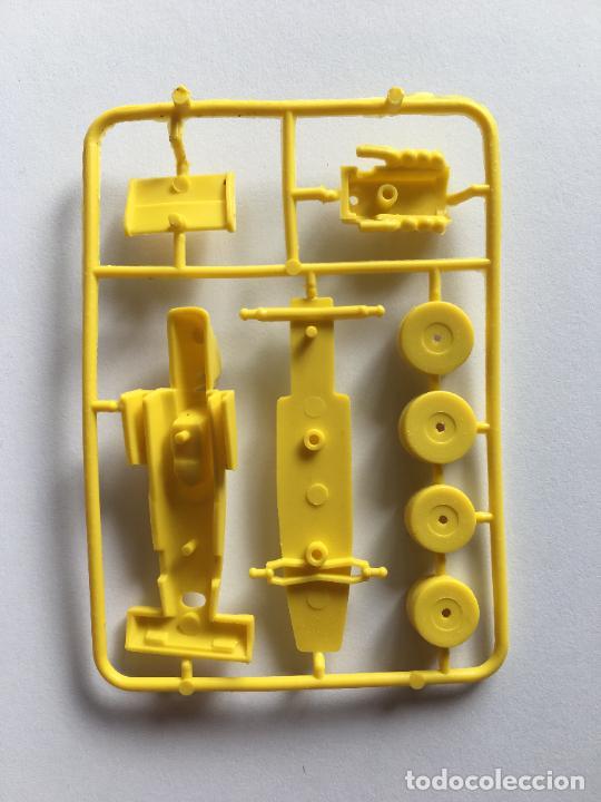 Figuras de Goma y PVC: BIMBO PREMIUM DUNKIN - COCHE FORMILA 1 SURTEES FORD TS 7 SIMILAR MONTAPLEX TITO - Foto 2 - 238421605