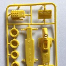 Figuras de Goma y PVC: BIMBO PREMIUM DUNKIN - COCHE FORMILA 1 SURTEES FORD TS 7 SIMILAR MONTAPLEX TITO. Lote 238421605