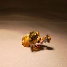 Figuras de Goma y PVC: GATO - KINDER SORPRESA. Lote 238534510