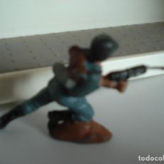 Figuras de Goma y PVC: FIGURA EN PLASTICO PECH HERMANOS. Lote 238785895