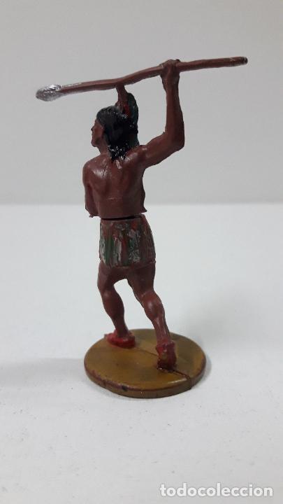 Figuras de Goma y PVC: GUERRERO INDIO CON LANZA . REALIZADO POR GAMA . AÑOS 50 - Foto 4 - 239397460