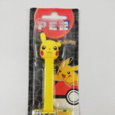 Dispensador Pez: DISPENSADOR PEZ POKEMON PIKACHU EN BLISTER. Lote 240172760