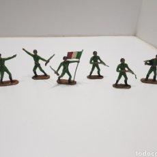Figuras de Borracha e PVC: ANTIGUO LOTE DE SOLDADOS ITALIANOS COMANSI. Lote 240195075
