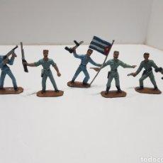 Figuras de Borracha e PVC: ANTIGUO LOTE DE SOLDADOS CUBANOS COMANSI. Lote 240196485