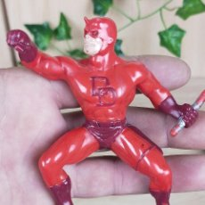 Figuras de Borracha e PVC: FIGURA GOMA YOLANDA DARK DEVIL MARVEL. Lote 240342565