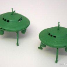 Figuras de Goma y PVC: MONTAPLEX 2 PLATILLOS VOLANTES - PLATILLO VOLANTE - OVNI UFO - OVNIS - UFOS - AÑOS 60. Lote 262265460