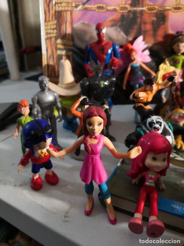 Figuras de Goma y PVC: Lote de 50 figuras de goma serie dibujos héroes, Disney y otras figuras de colección - Foto 2 - 240409320