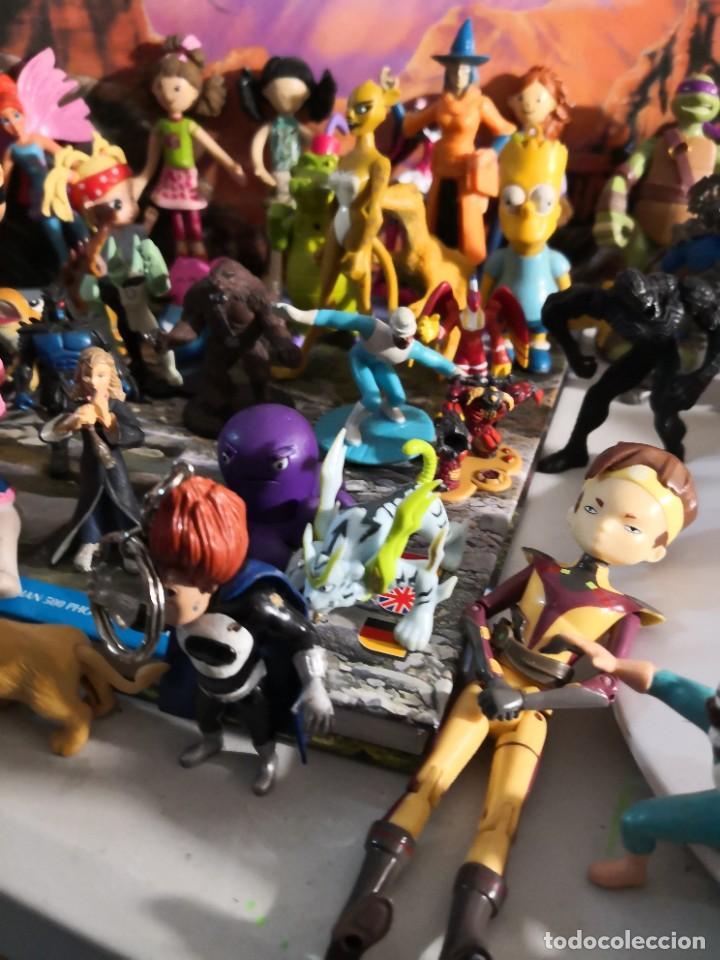 Figuras de Goma y PVC: Lote de 50 figuras de goma serie dibujos héroes, Disney y otras figuras de colección - Foto 5 - 240409320