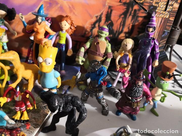 Figuras de Goma y PVC: Lote de 50 figuras de goma serie dibujos héroes, Disney y otras figuras de colección - Foto 8 - 240409320