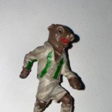 Figuras de Goma y PVC: MUÑECO BESTIAS DEL FUTBOL. LAFREDO. GOMA. AÑOS 50.. Lote 240644380