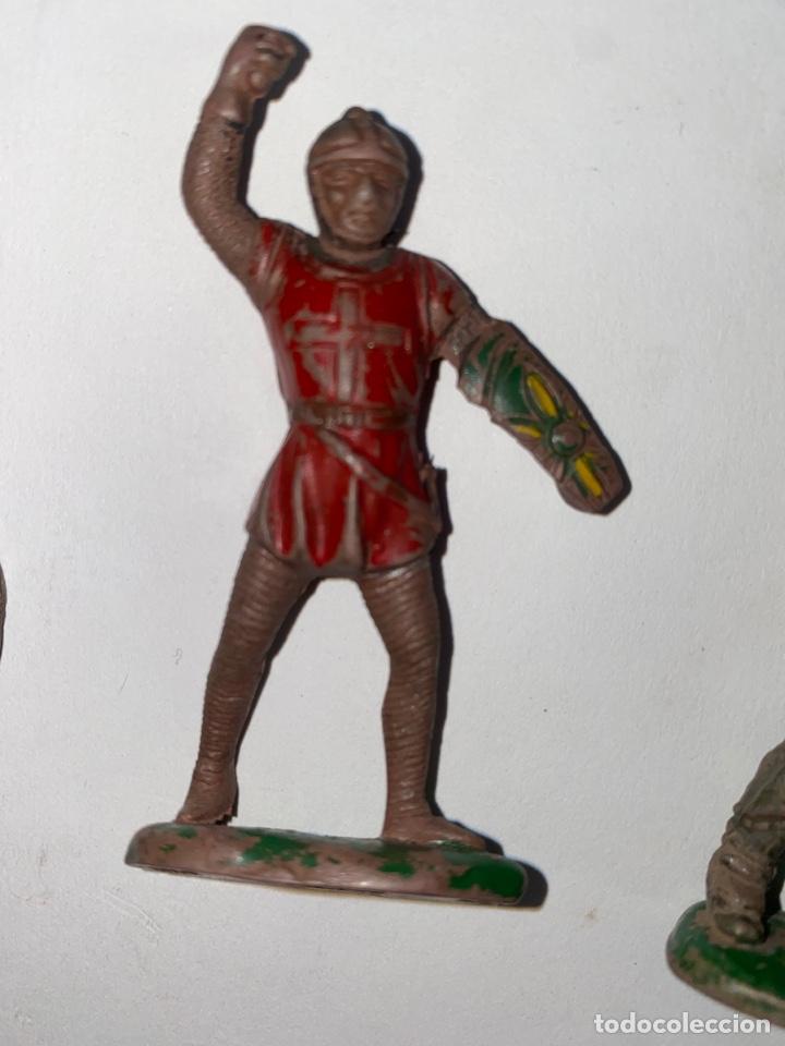 Figuras de Goma y PVC: LOTE DE 5 FIGURAS MEDIEVALES DE GOMA. AÑOS 50. 79. - Foto 3 - 240648755