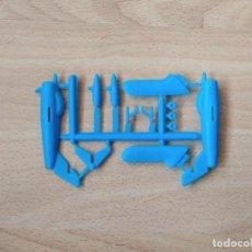 Figuras de Goma y PVC: COLADA DE AVIÓN MONTAPLEX MIG 17 DEL SOBRE 611. Lote 240870925