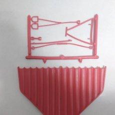 Figuras de Goma y PVC: ALA DELTA MONTAMAN DE MONTAPLEX. Lote 240962550
