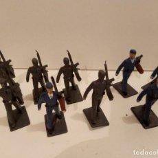 Figuras de Goma y PVC: DESFILE DE 9 SOLDADOS AVIACIÓN. Lote 241474890