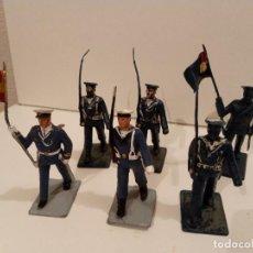 Figuras de Goma y PVC: DESFILE 6 MARINEROS, 2 DE ELLOS CON BANDERA,. Lote 241475240