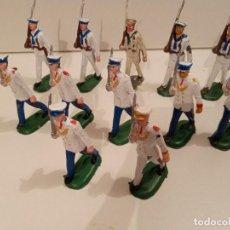 Figuras de Goma y PVC: DESFILE 12 SOLDADOS MARINA, CON 3 OFICIALES. Lote 241476135