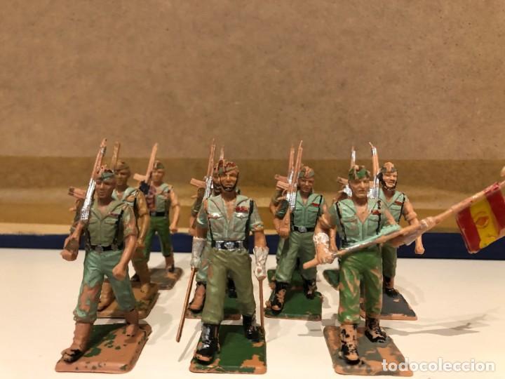 Figuras de Goma y PVC: Legionarios REAMSA. Lote de 11 figuras. Oficial. Abanderado y soldados con y sin barba. - Foto 2 - 241525160