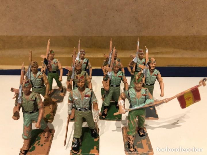 Figuras de Goma y PVC: Legionarios REAMSA. Lote de 11 figuras. Oficial. Abanderado y soldados con y sin barba. - Foto 5 - 241525160