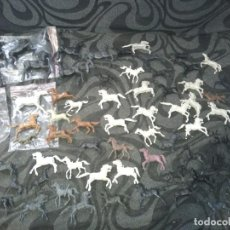 Figuras de Goma y PVC: LOTE 75 CABALLOS REANSA PIPERO LAREDO AÑOS 70 INDIOS Y VAQUEROS.. Lote 241707030