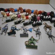 Figuras de Goma y PVC: GRAN LOTE DE STARLUX FIGURAS MEDIEVALES BUEN ESTADO. Lote 241734920