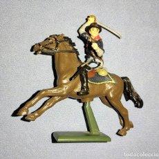 Figuras de Goma y PVC: SOLDADO NORDISTA DE CABALLERIA BRITAINS AÑOS 70 PEANA METALICA. Lote 241874115