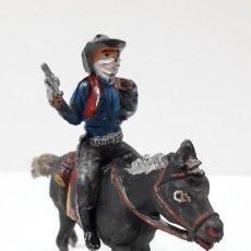 Figuras de Goma y PVC: VAQUERO BANDIDO - ATRACADOR A CABALLO . REALIZADO POR PECH . ORIGINAL AÑOS 50 EN GOMA. Lote 241894540