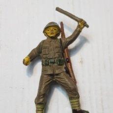 Figuras de Goma y PVC: FIGURA SOLDADO JAPONES DEL RÍO KWAI EN GOMA DE JECSAN. Lote 241950070