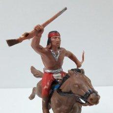 Figuras de Goma y PVC: GUERRERO INDIO A CABALLO . REALIZADO POR REAMSA . SERIE APACHES . ORIGINAL AÑOS 60. Lote 241950470