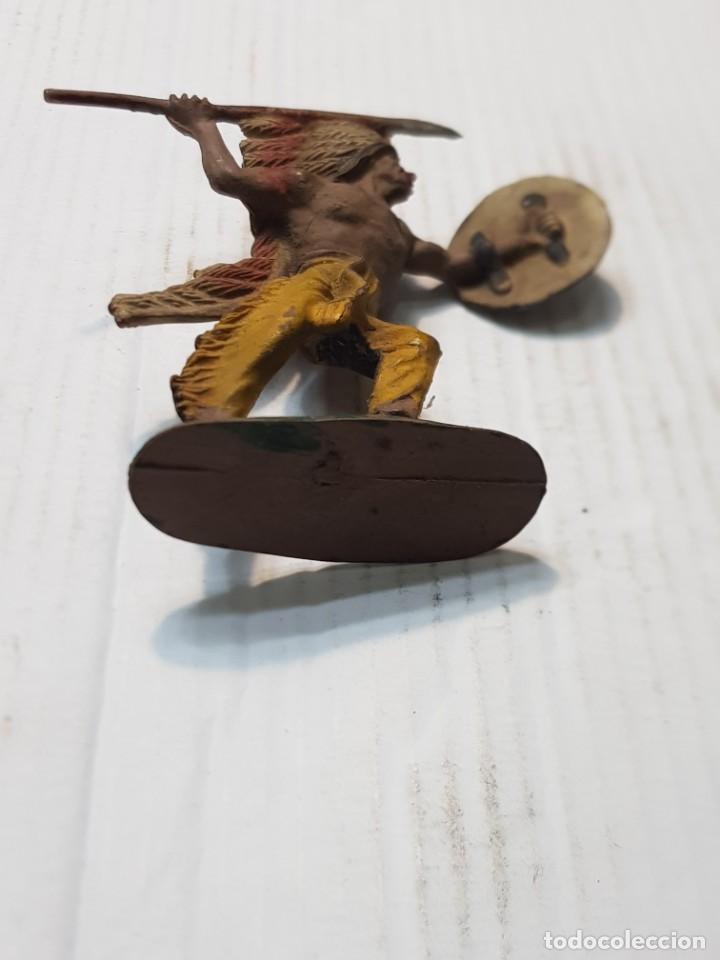 Figuras de Goma y PVC: Figura en Goma Jefe Indio con Lanza y Escudo Pech muy difícil - Foto 4 - 241955240