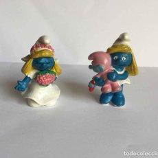 Figuras de Goma y PVC: PITUFOS (PITUFINAS). LOTE 2 FIGURAS. PEYO (SCHLEICH). ¡COLECCIÓN!. Lote 32275051