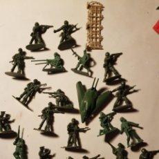 Figuras de Borracha e PVC: LOTE DE FIGURITAS TIPO MONTAPLEX PERO DE 6 CTMS AÑOS 80 STADO BUENO MAS ARTICULOS. Lote 242027020